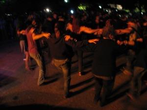 Shiny happy people dancing